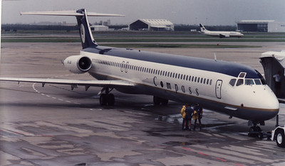 VH-LNI COMPASS MD-83